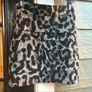 Lady's Black and Gray Mini-Skirt Size Medium